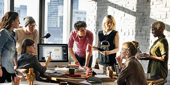 Um ambiente de trabalho adequado ajuda a melhorar o clima organizacional