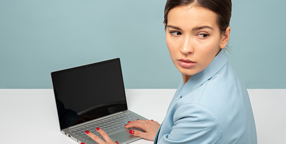 Muitos colaboradores se sentem isolados, isso pode afetar um ambiente de trabalho produtivo