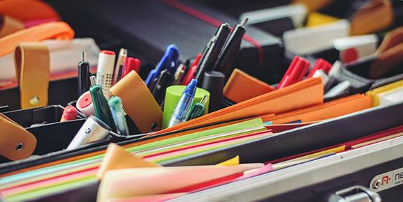 A organização do material escolar é um dos pontos necessários para o planejamento