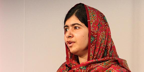 A luta de Malala pela educação de jovens e mulheres a coloca na lista de líderes mundiais