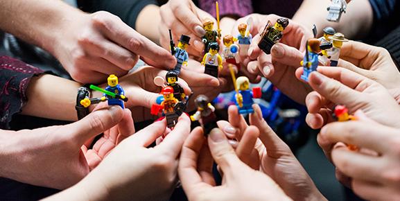 Construir uma equipe profissional é um importante passo no processo de como ser um empreendedor de sucesso